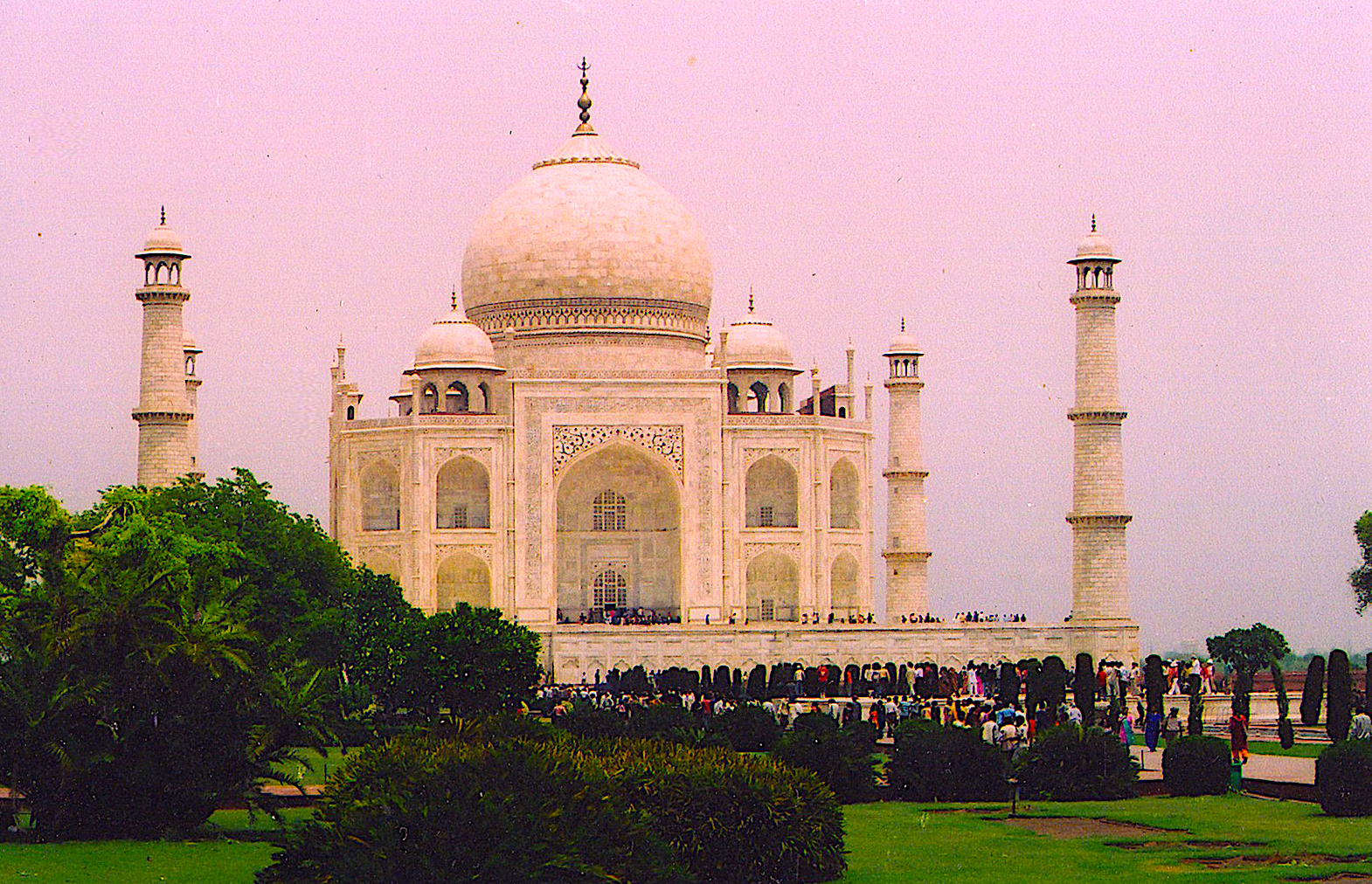 The Taj Mahal, which honors love for a wife, took 22 years & 1,000 elephants to complete